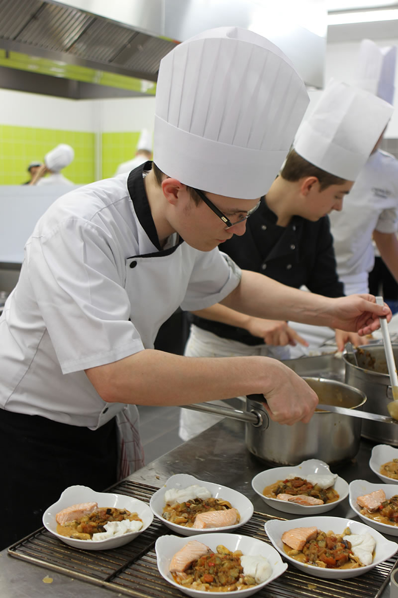 bac pro cuisine ecole h teli re daniel brottier saint